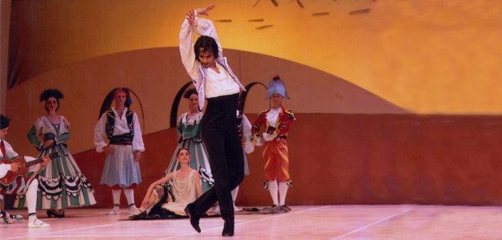 Igor Yebra en el ballet sombrero de tres copas.